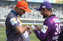 Mashrafe Mortaza and Mahmudullah at the toss, Dhaka Platoon vs Chattogram Challengers, BPL 2019-20, Eliminator, Dhaka, January 13, 2020