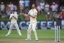 Mark Wood bowled his first competitive over since the World Cup final, South Africa v England, 3rd Test, Port Elizabeth, 2nd day, January 17, 2020