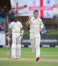 Sam Curran bowled Quinton de Kock in his first over of the day, South Africa v England, 3rd Test, Port Elizabeth, 4th day, January 18, 2020