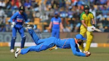 Virat Kohli plucks a low catch to dismiss Marnus Labuschagne