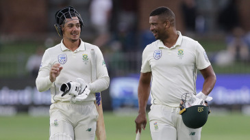 Quinton de Kock and Vernon Philander leave the field after the 3rd day of the 3rd Test
