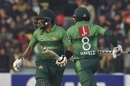Babar Azam and Mohammad Hafeez take a run during their stand, Pakistan v Bangladesh, 2nd T20I, Lahore, January 25, 2020