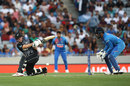 Colin Munro attempts a reverse sweep, New Zealand v India, 2nd T20I, Auckland, January 26, 2020