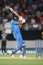 KL Rahul steadied the innings after a couple of early wickets, New Zealand v India, 2nd T20I, Auckland, January 26, 2020
