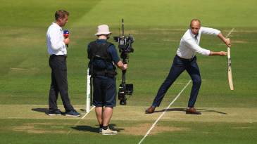 It's not just TV audiences tuning in to Nasser Hussain's informal batting tutorials, players are taking notes too