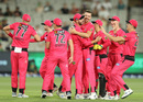 Josh Hazlewood celebrates with his teammates after taking the wicket of Pete Handscomb, Melbourne Stars v Sydney Sixers, Big Bash, Qualifier, MCG, January 31, 2020