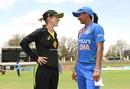 Rachael Haynes and Harmanpreet kaur at the toss, Australia v India, Women's T20I tri-series, Canberra, February 2, 2020