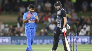Shardul Thakur struck a couple of late blows