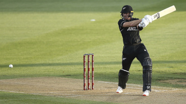 Martin Guptill cuts a short delivery