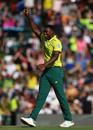 Lungi Ngidi celebrates dismissing Jason Roy, South Africa v England, 3rd T20I, Centurion, February 16, 2020