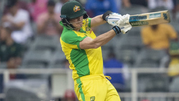 Steven Smith swipes at a short ball