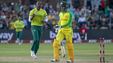 Lungi Ngidi celebrates the dismissal of Alex Carey