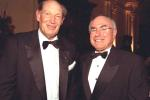 17 Aug 2000: Kerry Packer and Australian Prime Minister John Howard at the Sir Donald Bradman Oration held in Melbourne, Australia.