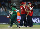 England celebrate Katherine Brunt's early breakthrough, England v Pakistan, Women's T20 World Cup, Canberra, February 28, 2020