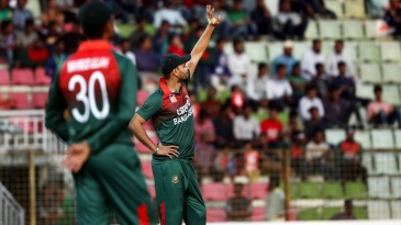 Mashrafe Mortaza rings in the changes