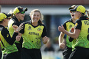 Georgia Wareham celebrates after a successful review, Australia v New Zealand, Group A, ICC Women's World T20, Melbourne, March 2, 2020