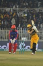 Shoaib Malik top scored for Peshawar Zalmi, Peshawar Zalmi v Karachi Kings, PSL 2020, Rawalpindi, March 2, 2020