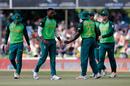 Lungi Ngidi celebrates another scalp, Australia v South Africa, 2nd ODI, Bloemfontein, March 4, 2020