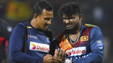 Kusal Perera had to go off the field after hurting a finger