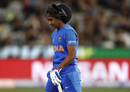 Harmanpreet Kaur wears a dejected look while walking back, Australia v India, final, Women's T20 World Cup, Melbourne, March 8, 2020