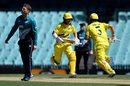 David Warner and Aaron Finch run between the wickets, Australia v New Zealand, 1st ODI, Sydney, March 13, 2020