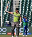 Chris Lynn acknowledges his dugout, Lahore Qalandars v Multan Sultans, PSL 2020, Lahore, March 15, 2020