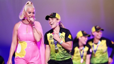Sophie Molineux dances with Katy Perry after the T20 World Cup final
