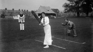 Ladies v Soldiers cricket match
