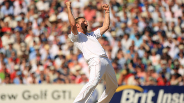 Andrew Flintoff roars in celebration