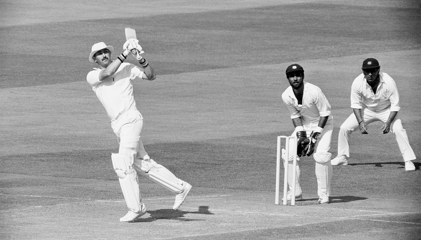 Graham Gooch on his way to 117 against a Rest of the World attack that included Imran Khan, Kapil Dev, Abdul Qadir and Courtney Walsh, 1987