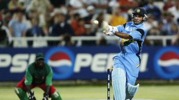 Sourav Ganguly pulls on his way to a hundred