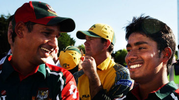 Habibul Bashar and Mohammad Ashraful enjoy the winning feeling