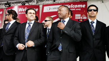 Virender Sehwag, Brian Lara and Rahul Dravid at the unveiling of the ICC Super Series Trophy