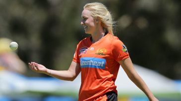 Kim Garth in action for the Perth Scorchers