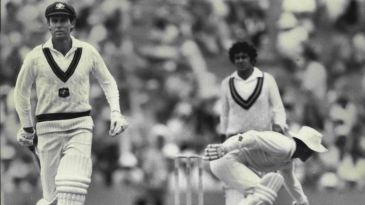 Greg Chappell (left) made 182 at the SCG against West Indies in 1976, then repeated the feat in his last Test, against Pakistan, in 1984 at the same venue