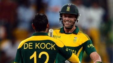 AB de Villiers is all smiles as he chats with Quinton de Kock