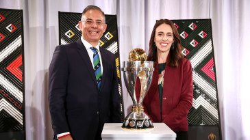 ICC CEO Manu Sawhney and New Zealand Prime Minister Jacinda Ardern at the launch of the Women's ODI World Cup