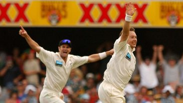 Craig McMillan and Chris Cairns celebrate a wicket