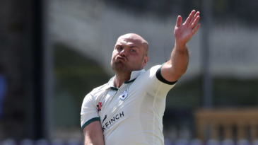 Joe Leach took four wickets in a devastating five-over spell