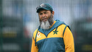 Mushtaq Ahmed looks on, Pakistan training, Emirates Old Trafford, August 3, 2020
