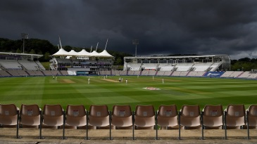 The England v Pakistan Test series brought the issue of bad light into sharp focus