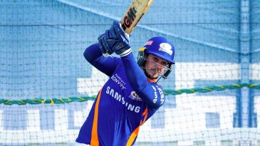 Quinton de Kock has a hit in the Mumbai Indians nets