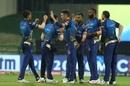 Trent Boult stuck for Mumbai Indians in the powerplay, Kolkata Knight Riders v Mumbai Indians, IPL 2020, Abu Dhabi, September 23, 2020