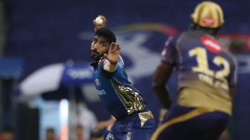 Jasprit Bumrah takes aim at Andre Russell