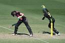 Third umpire took a long time before giving Amy Satterthwaite out stumped, Australia v New Zealand, 2nd women's T20I, Brisbane, September 28, 2020