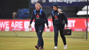 Sophie Ecclestone and Sarah Glenn arrive for the final T20I vs West Indies
