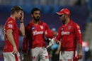Jimmy Neesham, KL Rahul and Glenn Maxwell discuss a point, Kings XI Punjab vs Mumbai Indians, Abu Dhabi, October 1, 2020