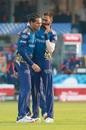 Rahul Chahar and Krunal Pandya chat in the middle, Mumbai Indians vs Sunrisers Hyderabad, IPL 2020, Sharjah, October 4, 2020