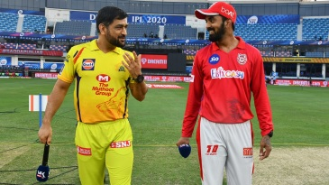 MS Dhoni and KL Rahul at the toss