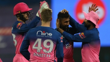 Shreyas Gopal struck back-to-back blows in the tenth over